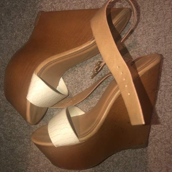 Tan and white wedges